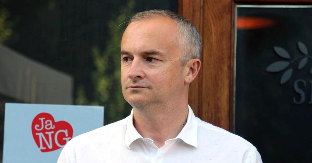 Bivši gradonačelnik Nove Gradiške Vinko Grgić istupio iz SDP-a. U sabor se vraća kao neovisni…