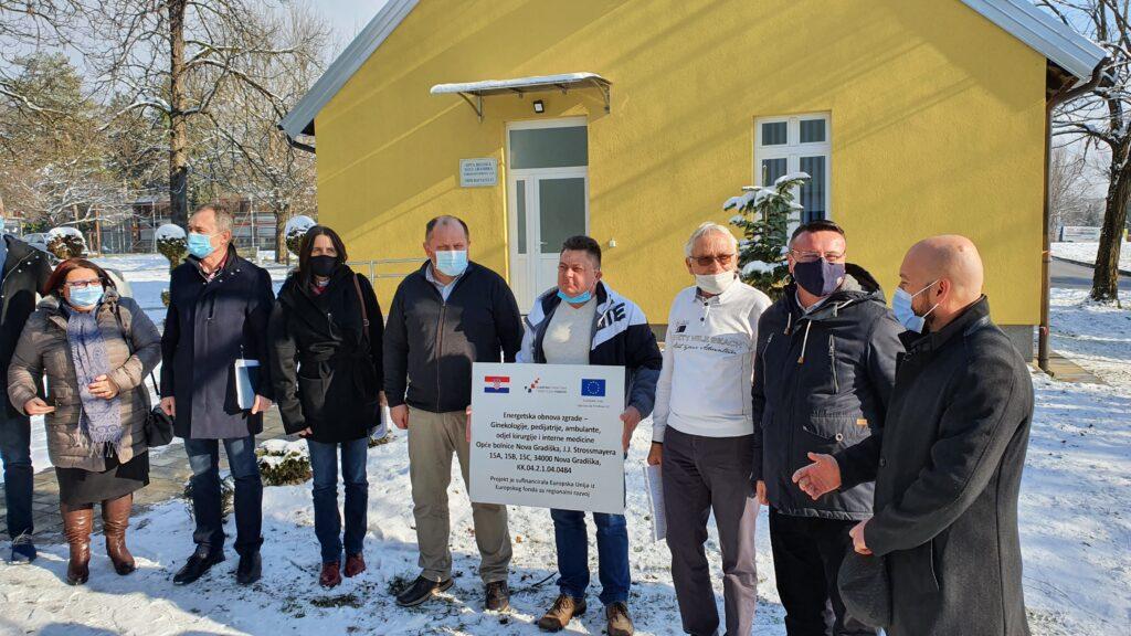 Završena opsežna energetska obnova novogradiške bolnice….