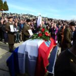 Na današnji danu  Brodskom Stupniku sahranjeni posmrtni ostaci heroja Domovinskog rata Žarka Manjkasa- Crvenkape…